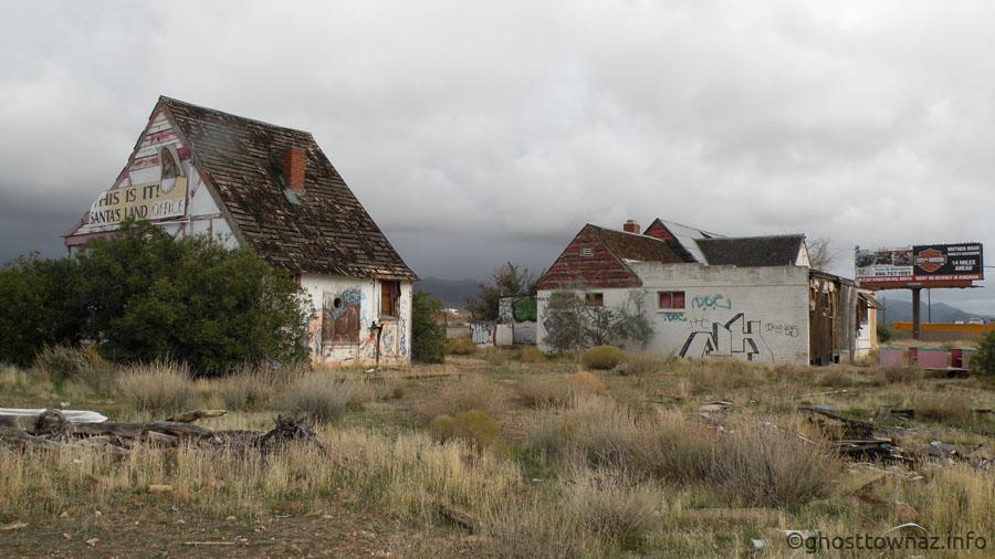 Christmas Tree Inn, Santa Claus, Arizona - Ghost Towns of Arizona ...